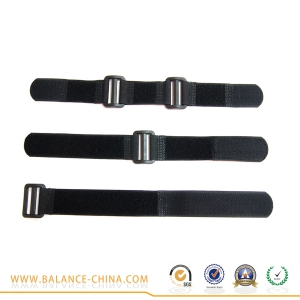 Heavy duty elastic hook and loop strap with buckle
